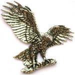 Eagle Harris Hawk Landing Pewter Pin Badge Falconry Gift